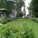 Murree - a greeny lawn of a house