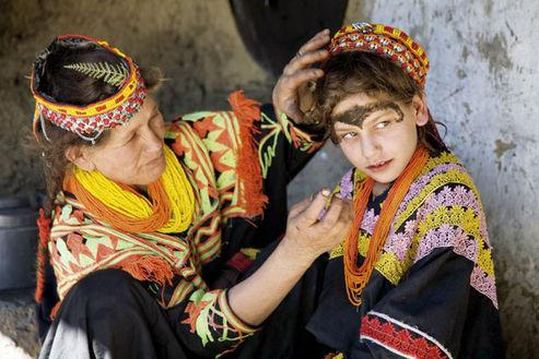Kalash in Kafiristan - beautiful girls