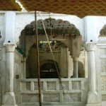 Data Darbar - Data Sahab Lahore - A view of the tomb
