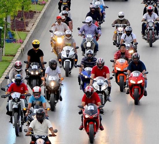 Lahore Shopping Festival Heavy Bike Rally at Jail Road