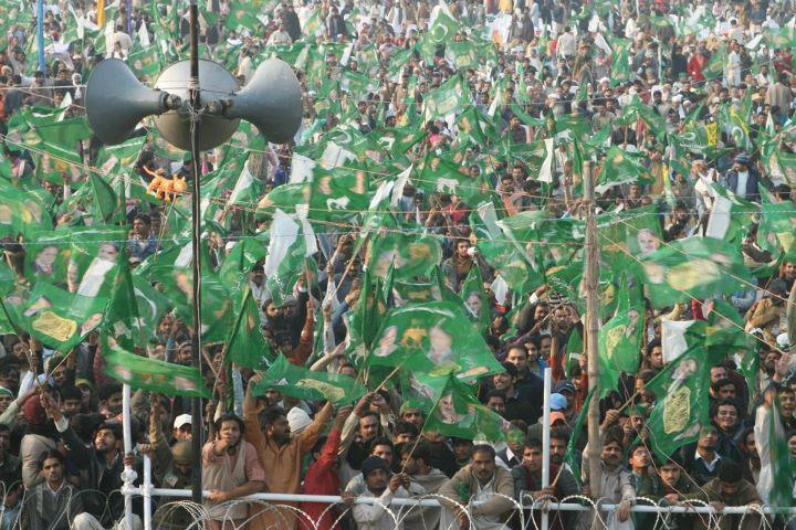 Nawaz Sharif PMLN historical Jalsa in Gujranwala on Dec 31 2011 (3)