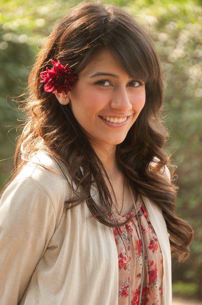 Syra Yousaf 4 - 8 mOst beautifull faces