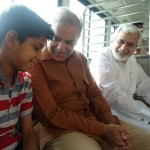 Shahbaz Sharif in a bus from model town to Minar e Pakistan 16
