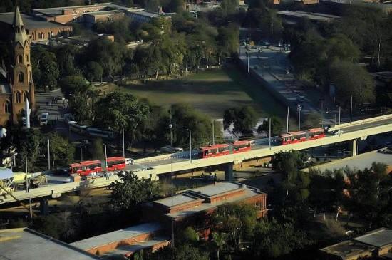 Metro Bus attractive View near GC University Lahore