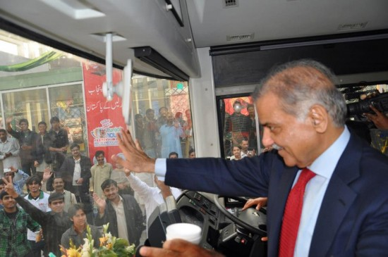 Metro Bus service Lahore Inauguration on Feb 10, 2013 (13)