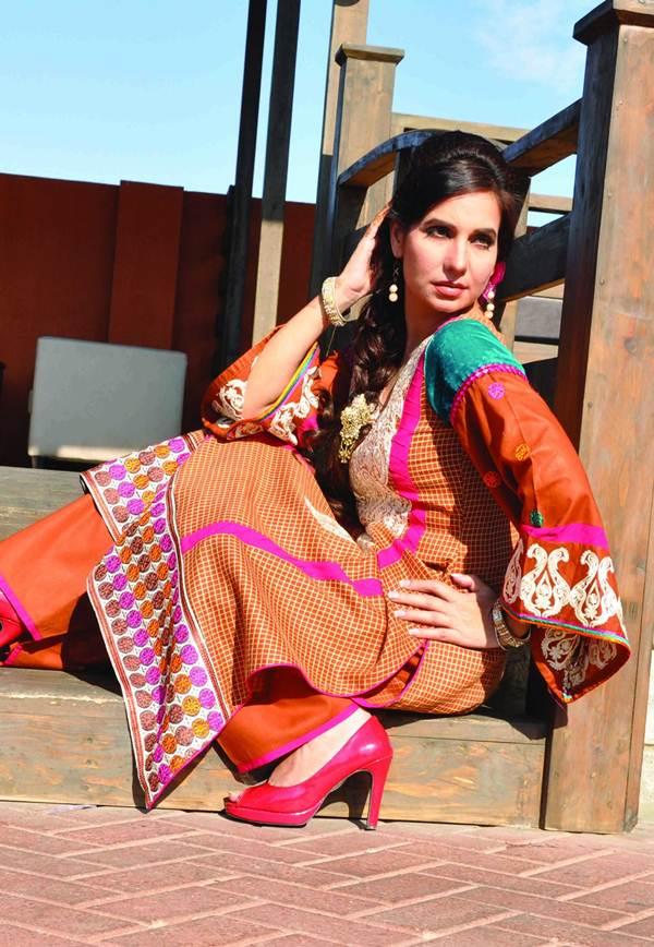 Rujhan Fabrics Lawn 5