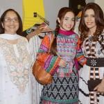 Hadiqa Kiani Fabric World 8