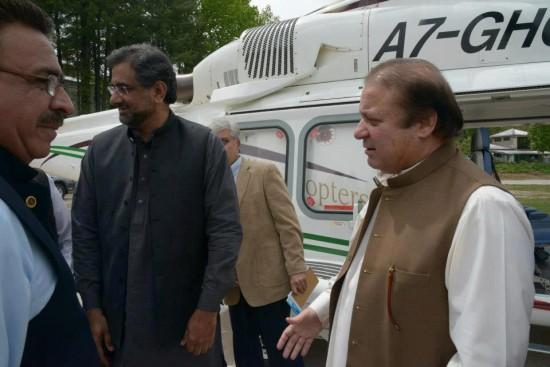Nawaz Sharif with Shahid Khaqan Abbasi in Murree