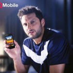 Shahid Khan Afridi Pose For QMobile