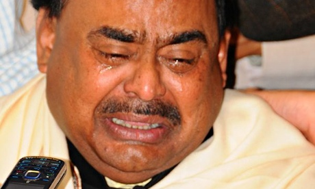 MQM's Altaf Hussain Weeping in 2010