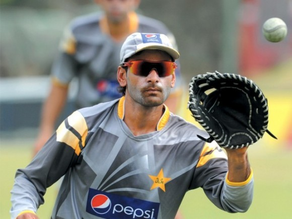 Hafeez hopefully join the team for test series against Australia.