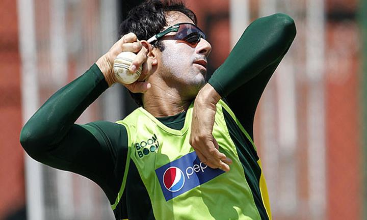 Saedd Ajmal reached England for test with new bowling action