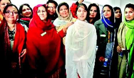 Imran Khan Sisters Aleema and Noureen Khan in Islamaabd ...