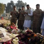Amir Khan Paid Visit To Army Public School Peshawar