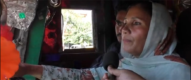 Shamim Akhtar Female Truck Driver of Pakistan - driving