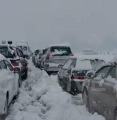 Kaghan -Naran Snowfall Latest Today Oct 25 2015