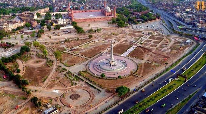 greater-iqbal-park-lahore-minar-e-pakistan-bird-view-under-development
