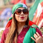 pti-girls-and-women-in-parade-ground-islamaabd-jalsa-7