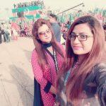 pti-girls-in-yaum-e-tashakur-jalsa-parade-ground-islamabad-3