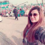 pti-girls-in-yaum-e-tashakur-jalsa-parade-ground-islamabad-4