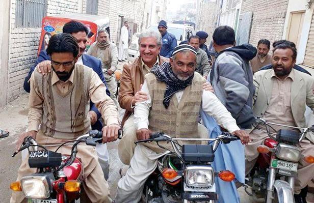 Shah Mehmood Round on Motor Bike of PP 195 Multan - MPA Javed Ansari also with him