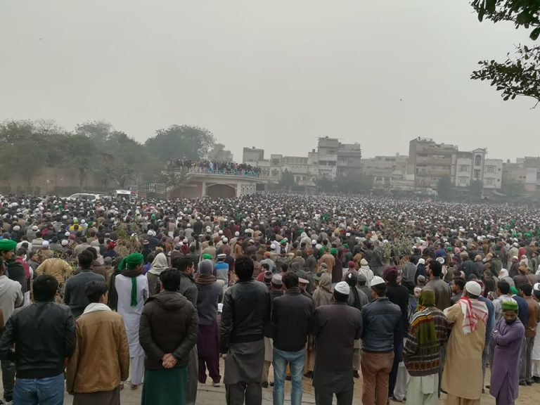 Mufti Ameen Namaz e Janaz Faisalabad Picture 4-1-2018